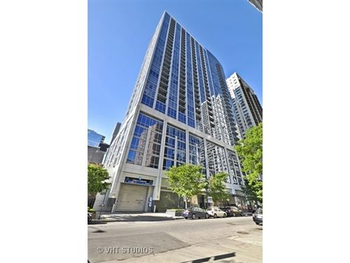 Photo of 2 W Delaware Place #907, Chicago, IL 60610 (MLS # 10741046)