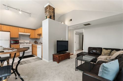 Tiny photo for 20 S Huffman Street, Naperville, IL 60540 (MLS # 11072046)