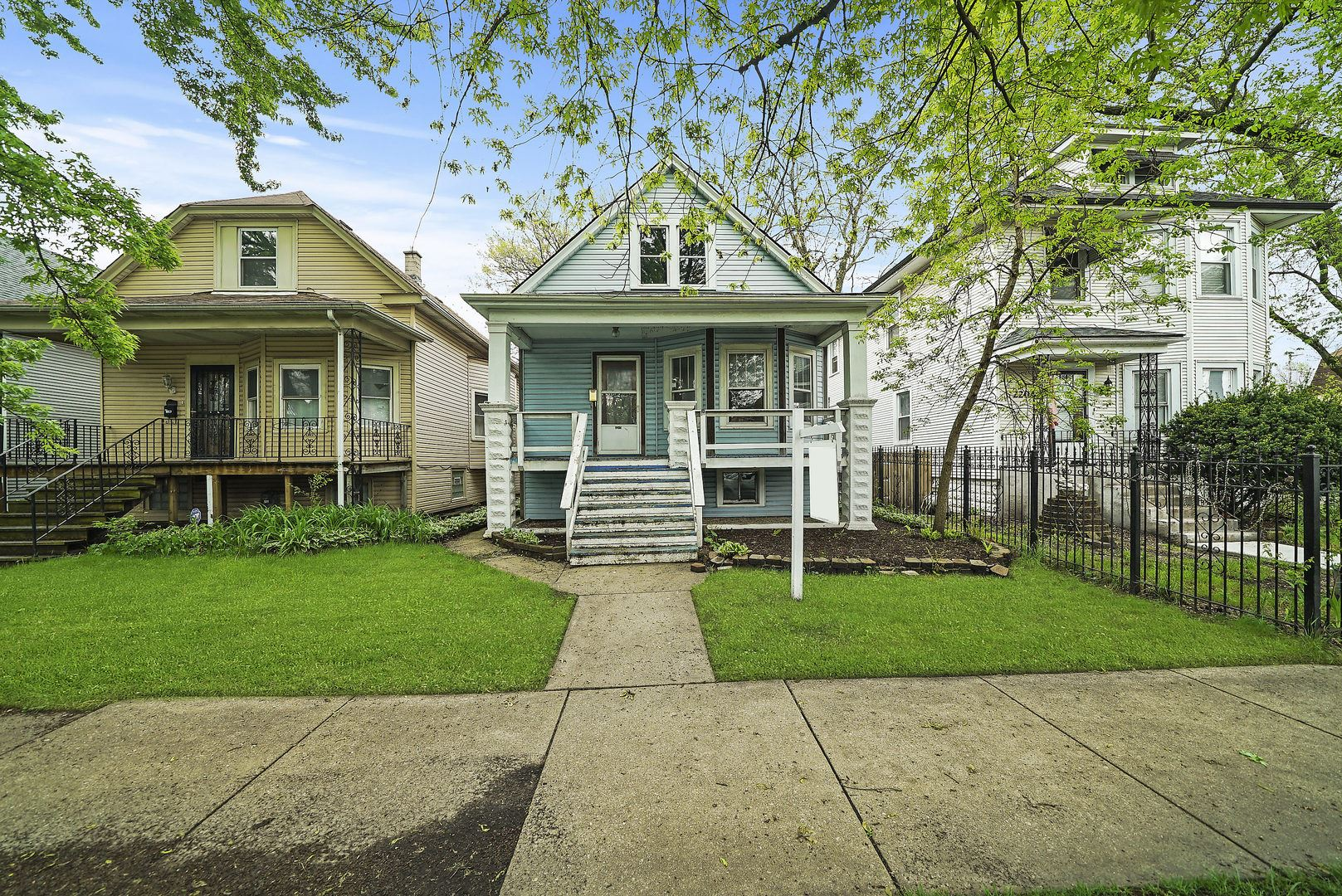 2205 N Leclaire Avenue, Chicago, IL 60639 - #: 10651046