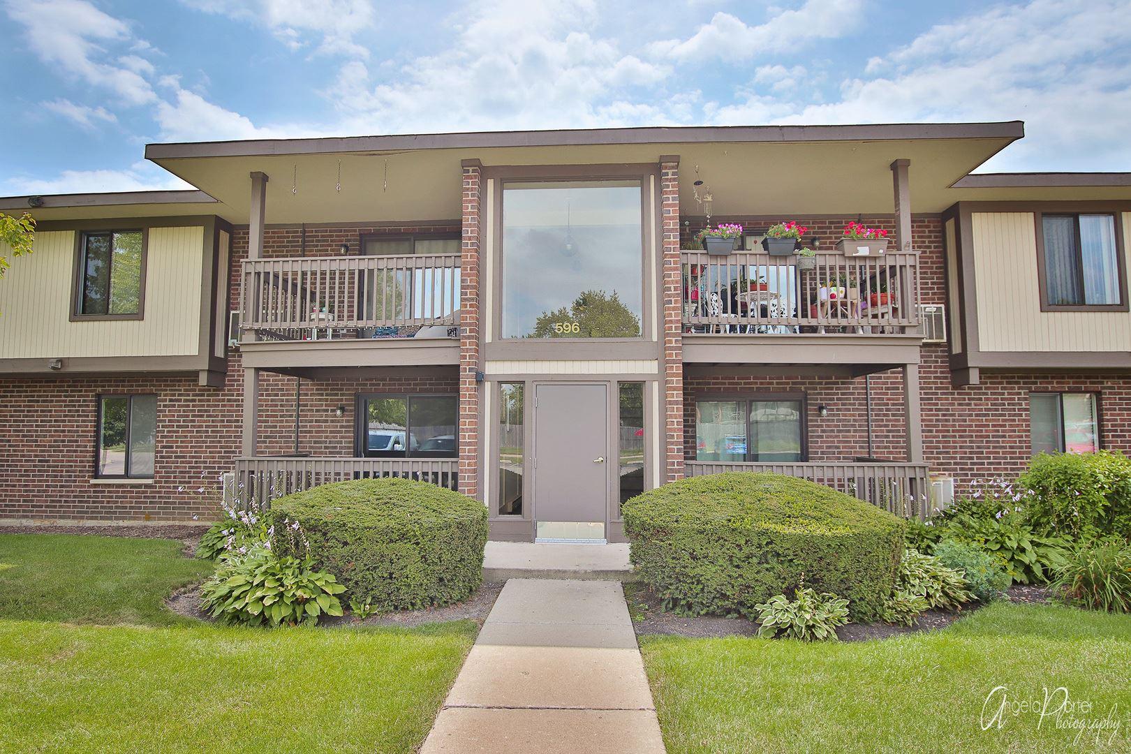 596 Somerset Lane #1, Crystal Lake, IL 60014 - #: 10814046