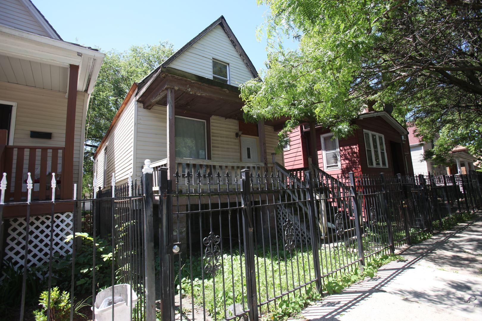 4823 W Iowa Street, Chicago, IL 60651 - #: 10749054