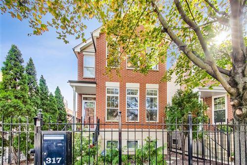 Photo of 317 W Goethe Street, Chicago, IL 60610 (MLS # 11242055)
