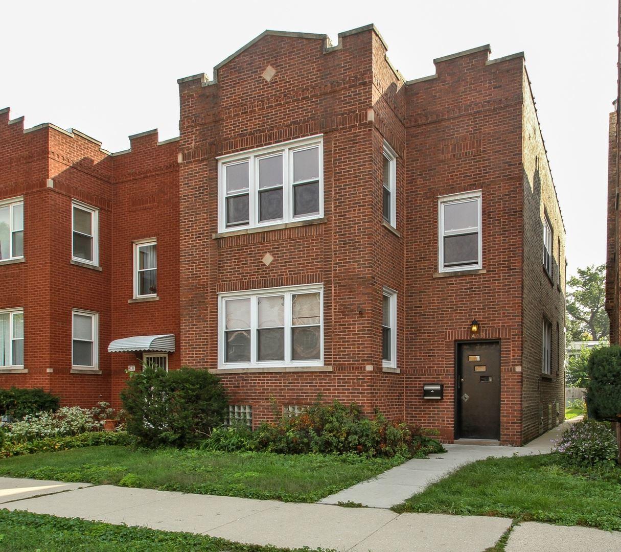 4733 N Kilpatrick Avenue, Chicago, IL 60630 - #: 10670056