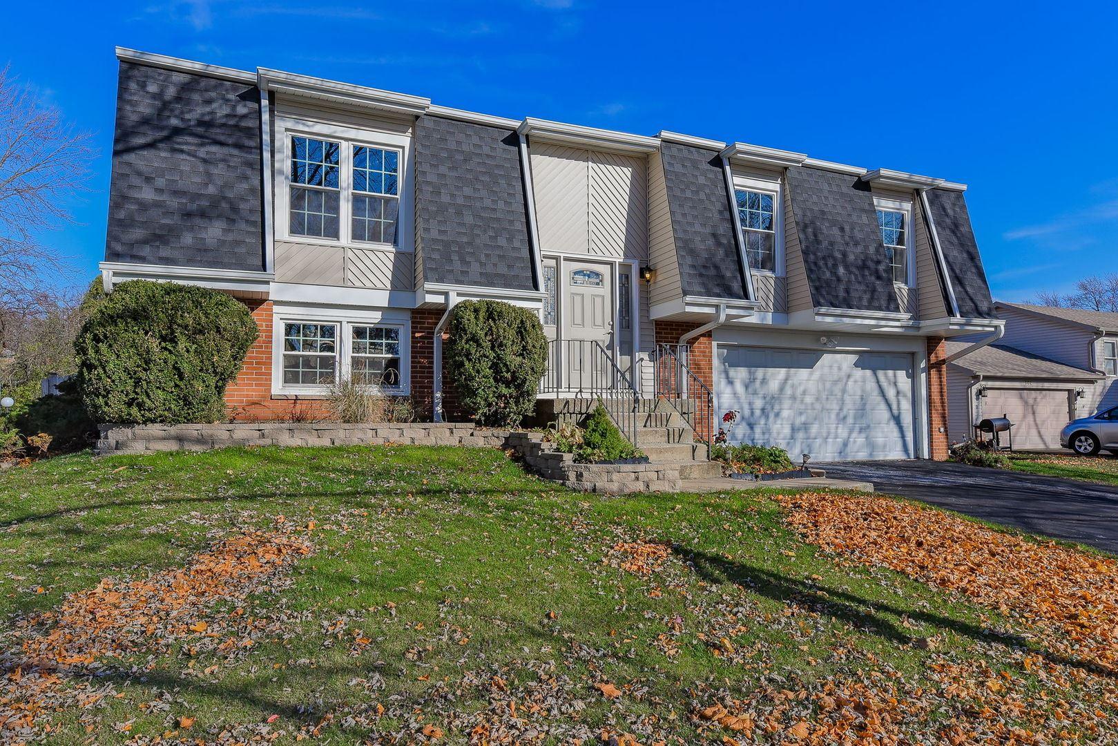 Photo of 185 Farm Gate Lane, Bolingbrook, IL 60490 (MLS # 10929056)