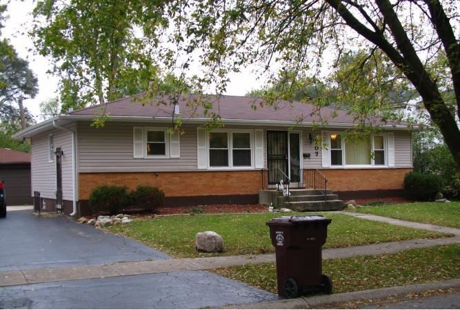 707 TRAVERS Avenue, Chicago Heights, IL 60411 - #: 10998056