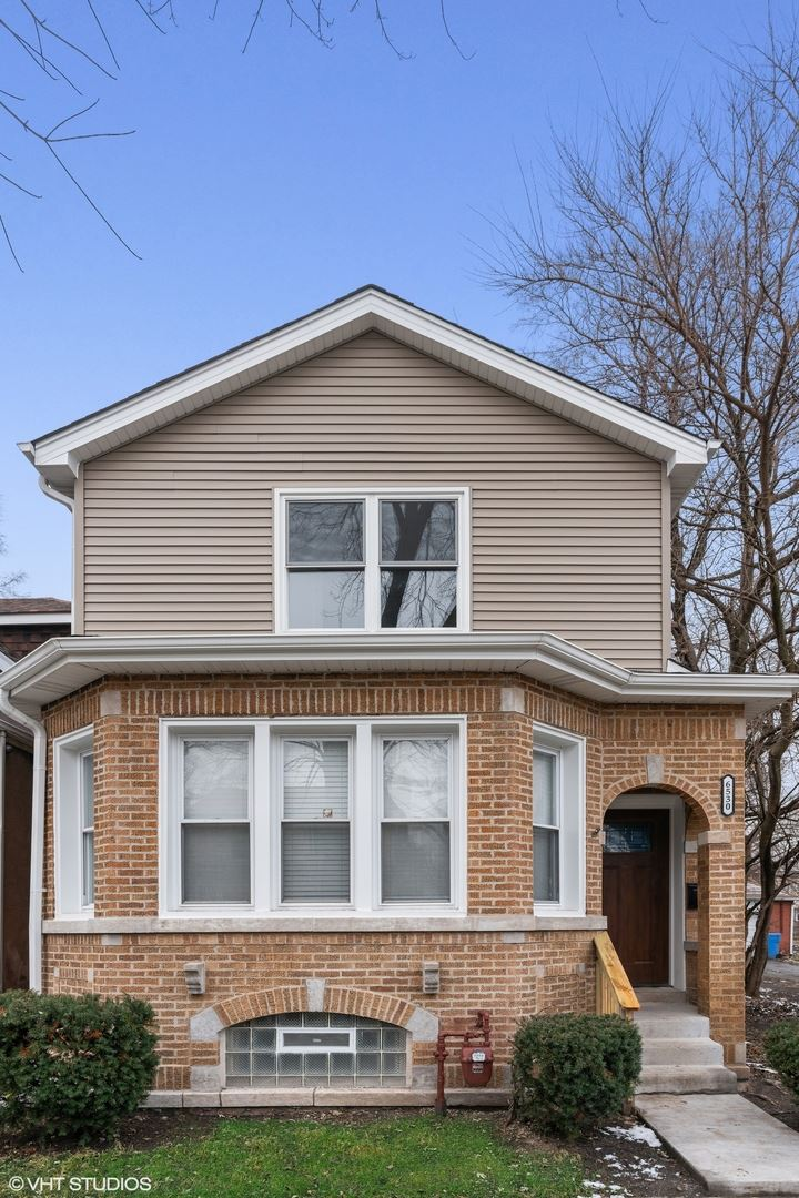 6530 S St Lawrence Avenue, Chicago, IL 60637 - #: 10618058