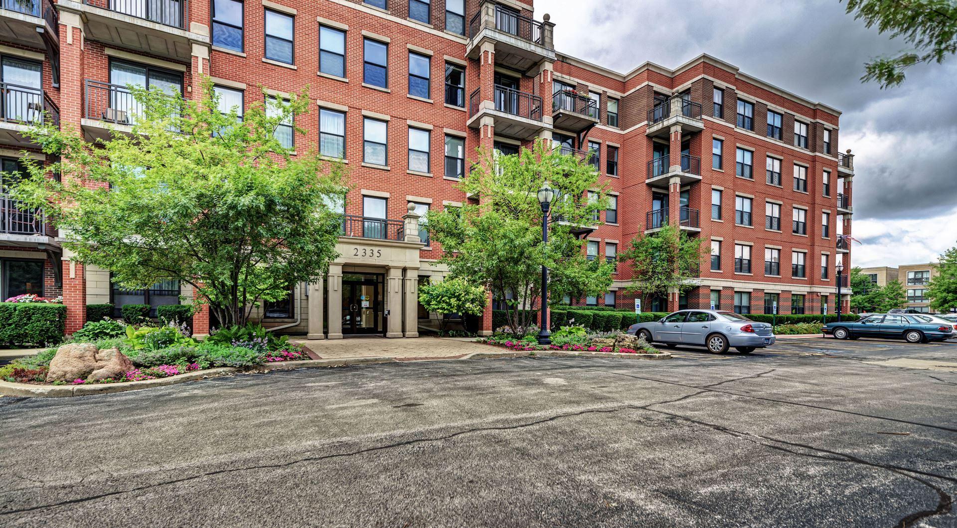 2335 W Belle Plaine Avenue #209, Chicago, IL 60618 - #: 10792058