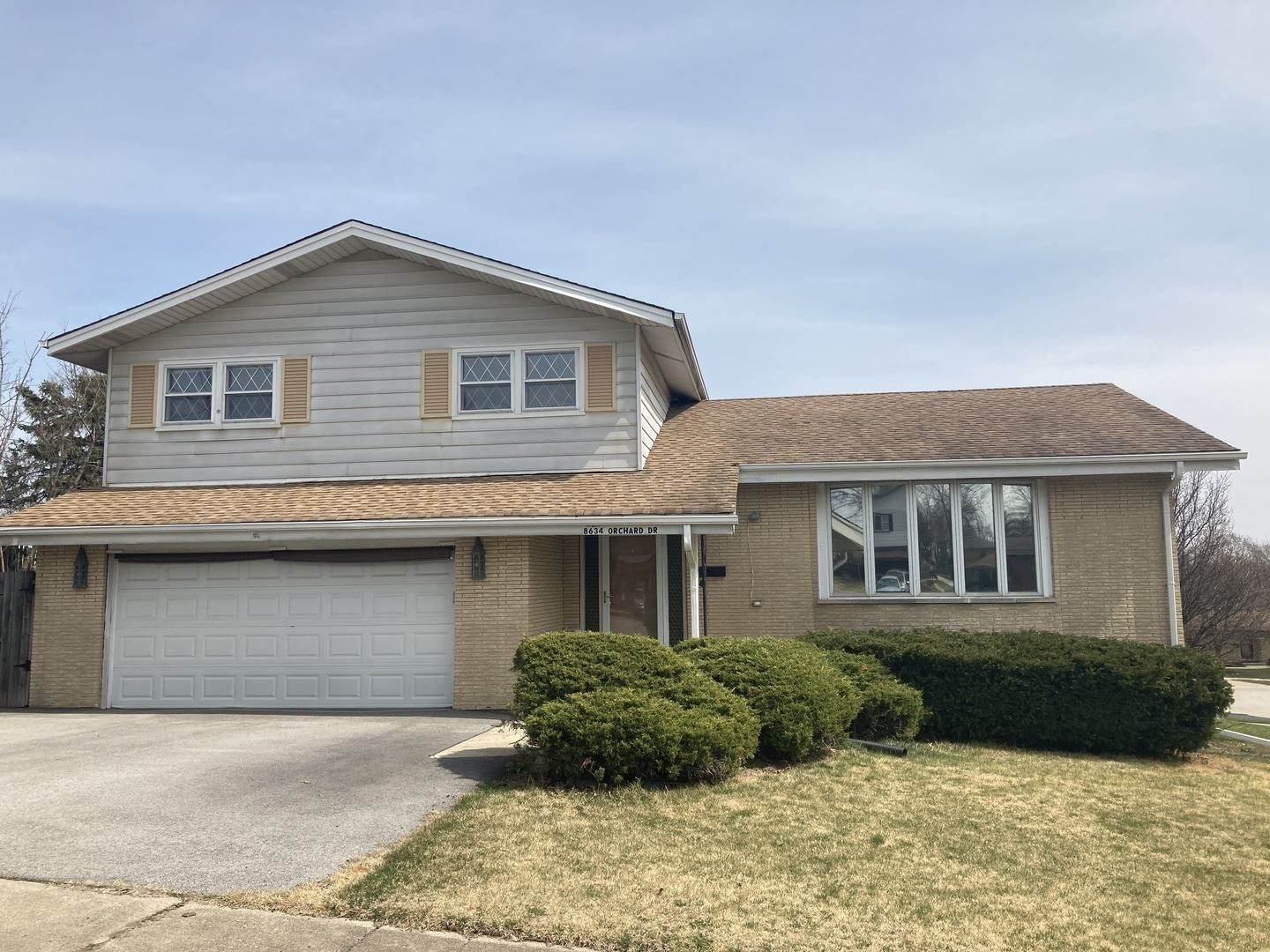 8634 orchard Drive, Hickory Hills, IL 60457 - #: 11038058
