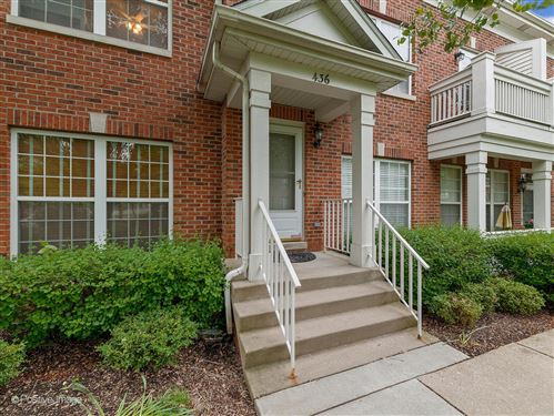 Photo of 436 Commons Circle #436, Clarendon Hills, IL 60514 (MLS # 11131059)