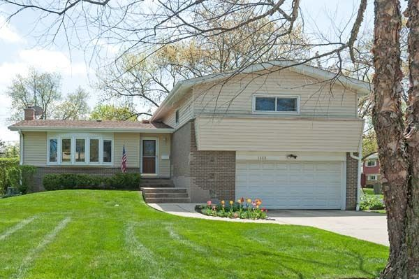 1335 Central Avenue, Deerfield, IL 60015 - #: 10718060
