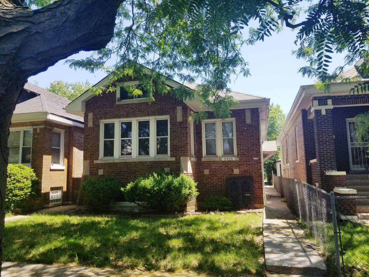 7725 S Honore Street, Chicago, IL 60620 - #: 10764060