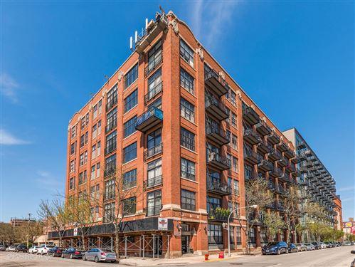 Photo of 1250 W VAN BUREN Street #513, Chicago, IL 60607 (MLS # 11061061)