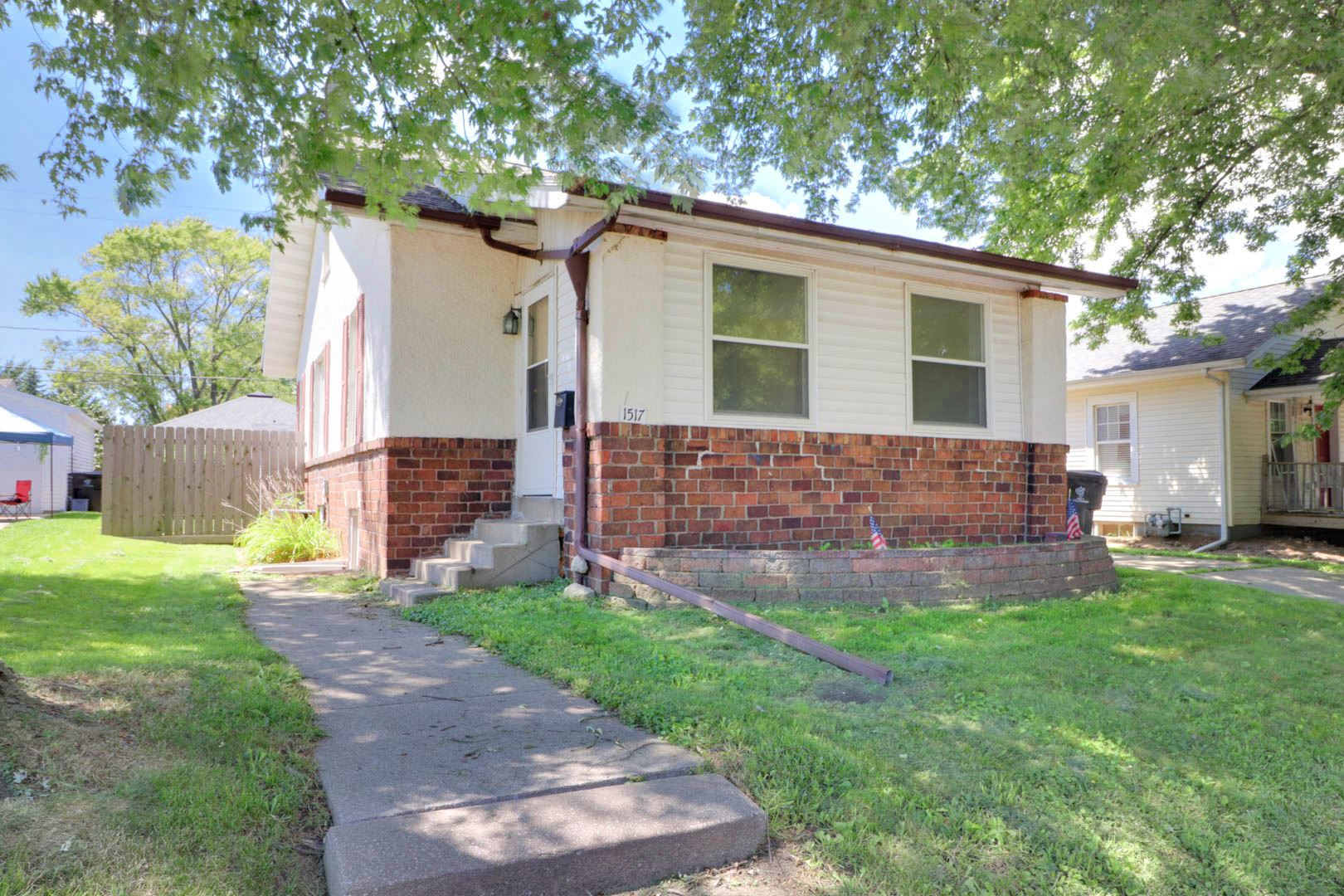 1517 Wilson Street, Bloomington, IL 61701 - #: 10810063