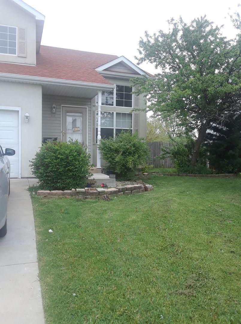 Photo of 809 Edgerton Drive, Joliet, IL 60435 (MLS # 11081064)