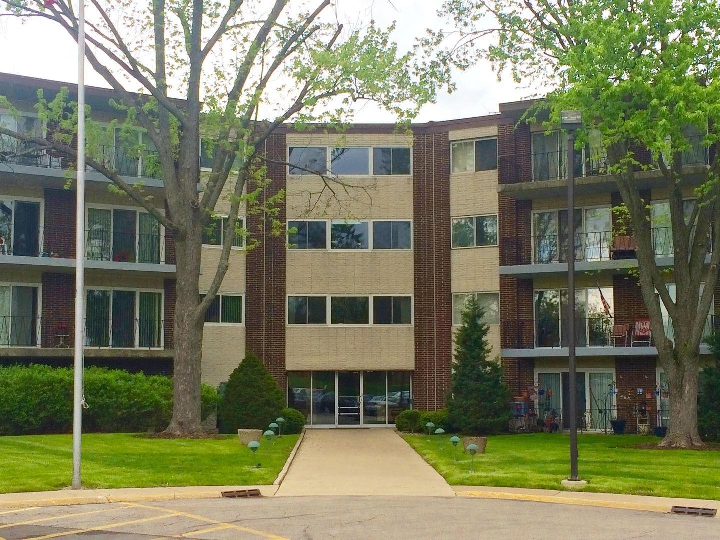 5540 Walnut Avenue #36A, Downers Grove, IL 60515 - #: 10679065