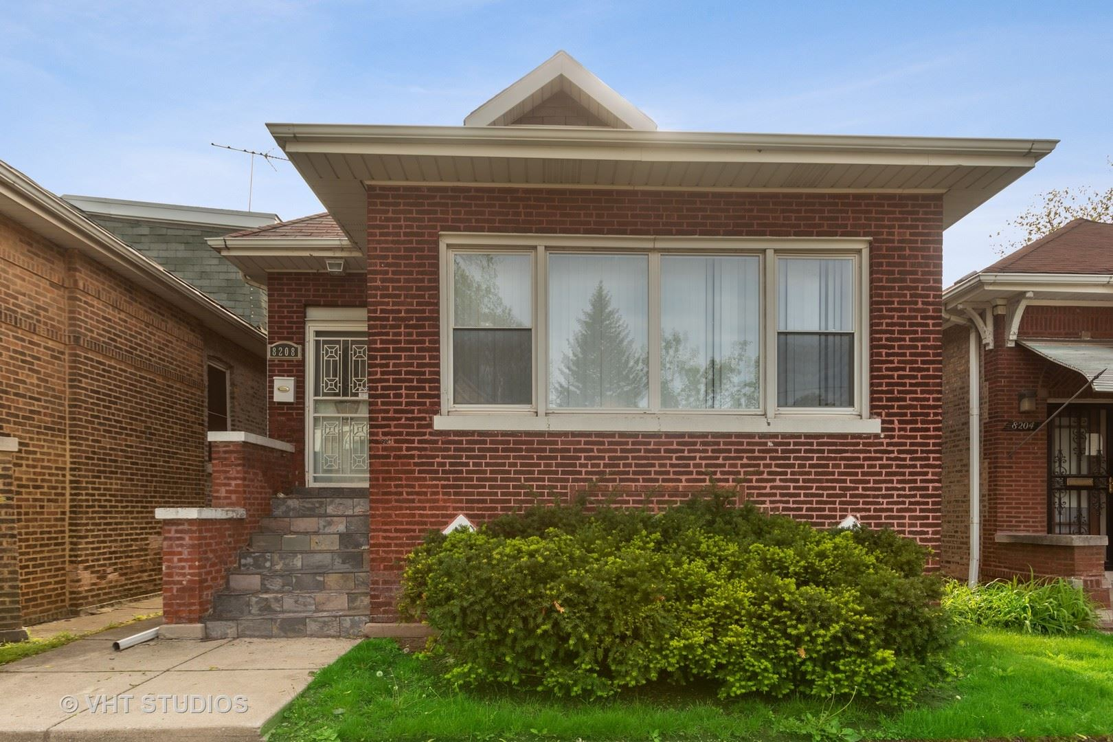 8208 S Kenwood Avenue, Chicago, IL 60619 - #: 10668068