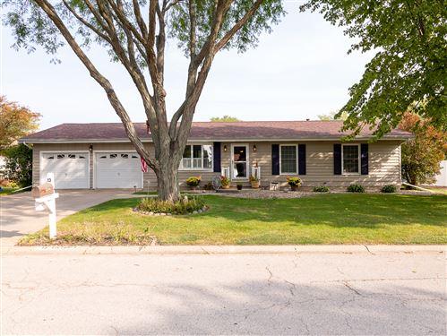 Photo of 13 Victoria Drive, Lasalle, IL 61301 (MLS # 10882069)