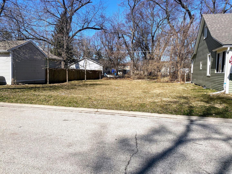 28 Arlington Road, Fox Lake, IL 60020 - #: 11031072