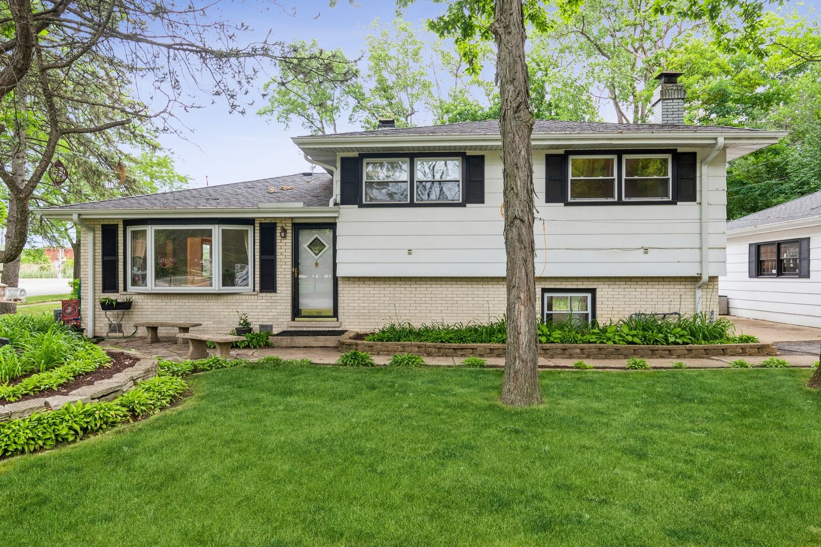 383 Barberry Road, Highland Park, IL 60035 - #: 11238074