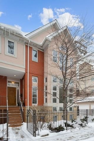 Photo of 2012 W Homer Street, Chicago, IL 60647 (MLS # 10994075)
