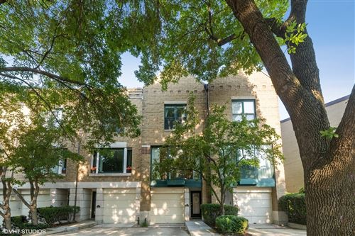 Photo of 1624 N Mohawk Street #A, Chicago, IL 60614 (MLS # 11140075)