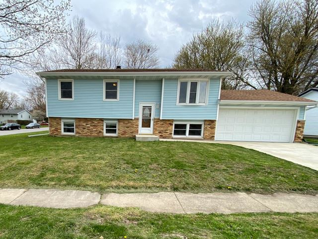 1800 Fort Jesse Road, Normal, IL 61761 - #: 10697077