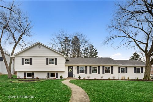 Photo of 6S271 New Hope Road, Naperville, IL 60540 (MLS # 10677078)