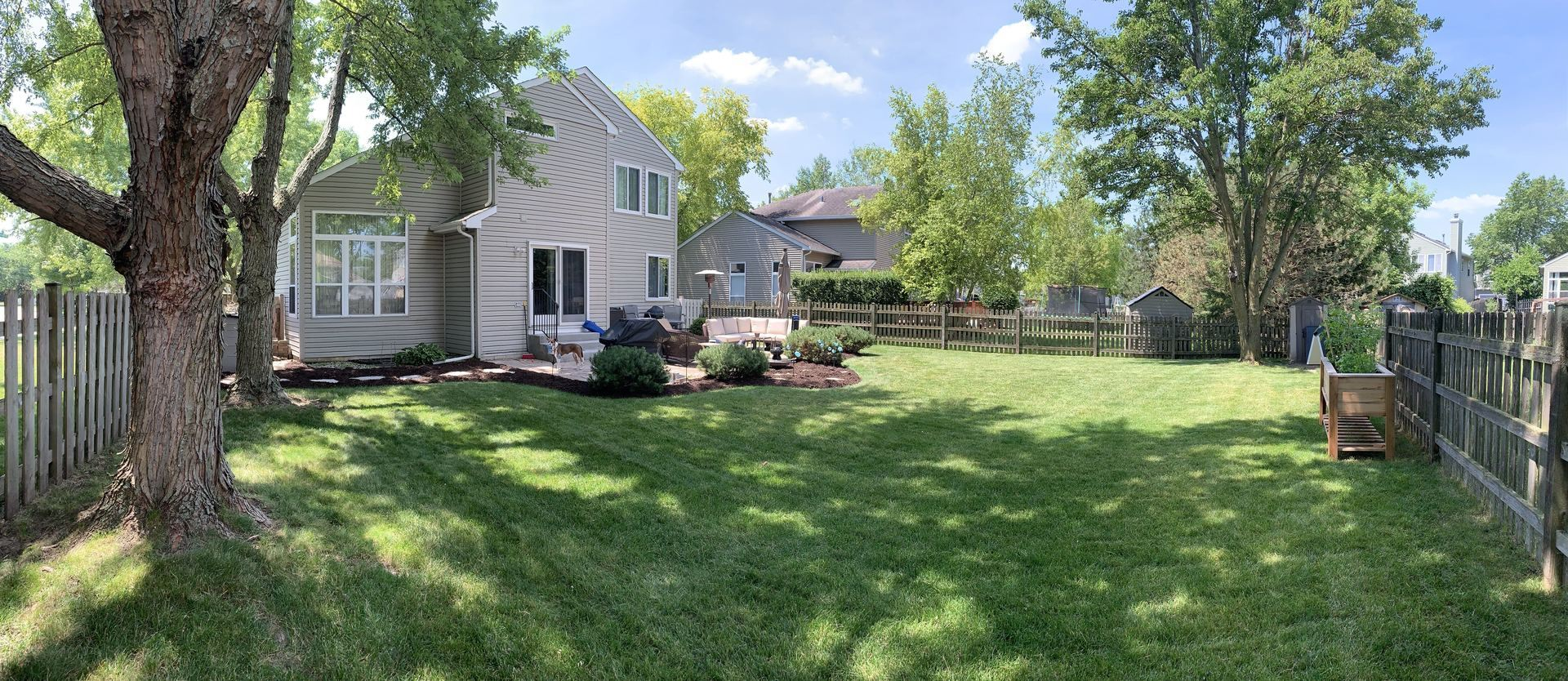 1 Sweetwater Court, Lake in the Hills, IL 60156 - #: 10930078