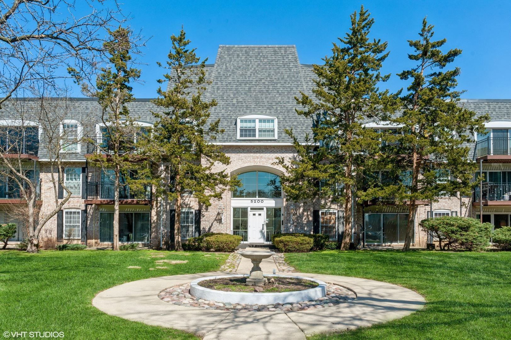 5200 Carriageway Drive #109, Rolling Meadows, IL 60008 - #: 11203080