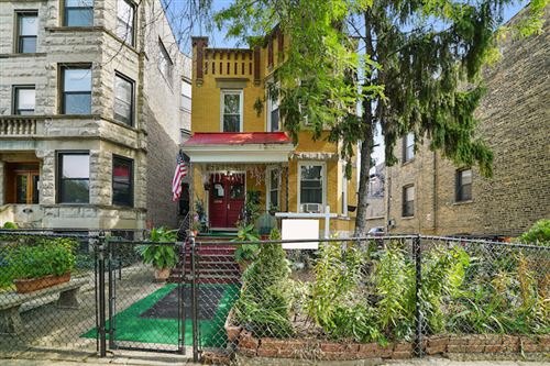 Photo of 3815 N LAKEWOOD Avenue, Chicago, IL 60613 (MLS # 10883082)