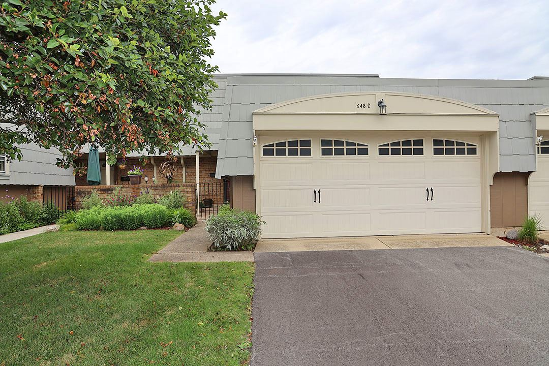 648 Dauphine Court #C, Elk Grove Village, IL 60007 - #: 10792082