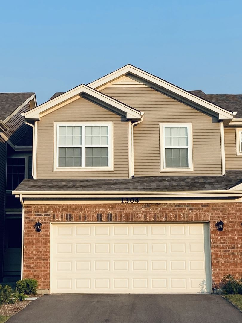 1304 Prairie View Parkway, Cary, IL 60013 - #: 11223082