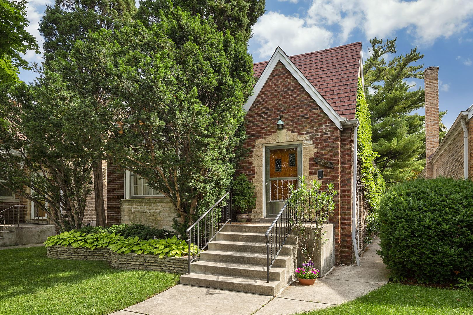 5225 N Larned Avenue, Chicago, IL 60630 - #: 11146083