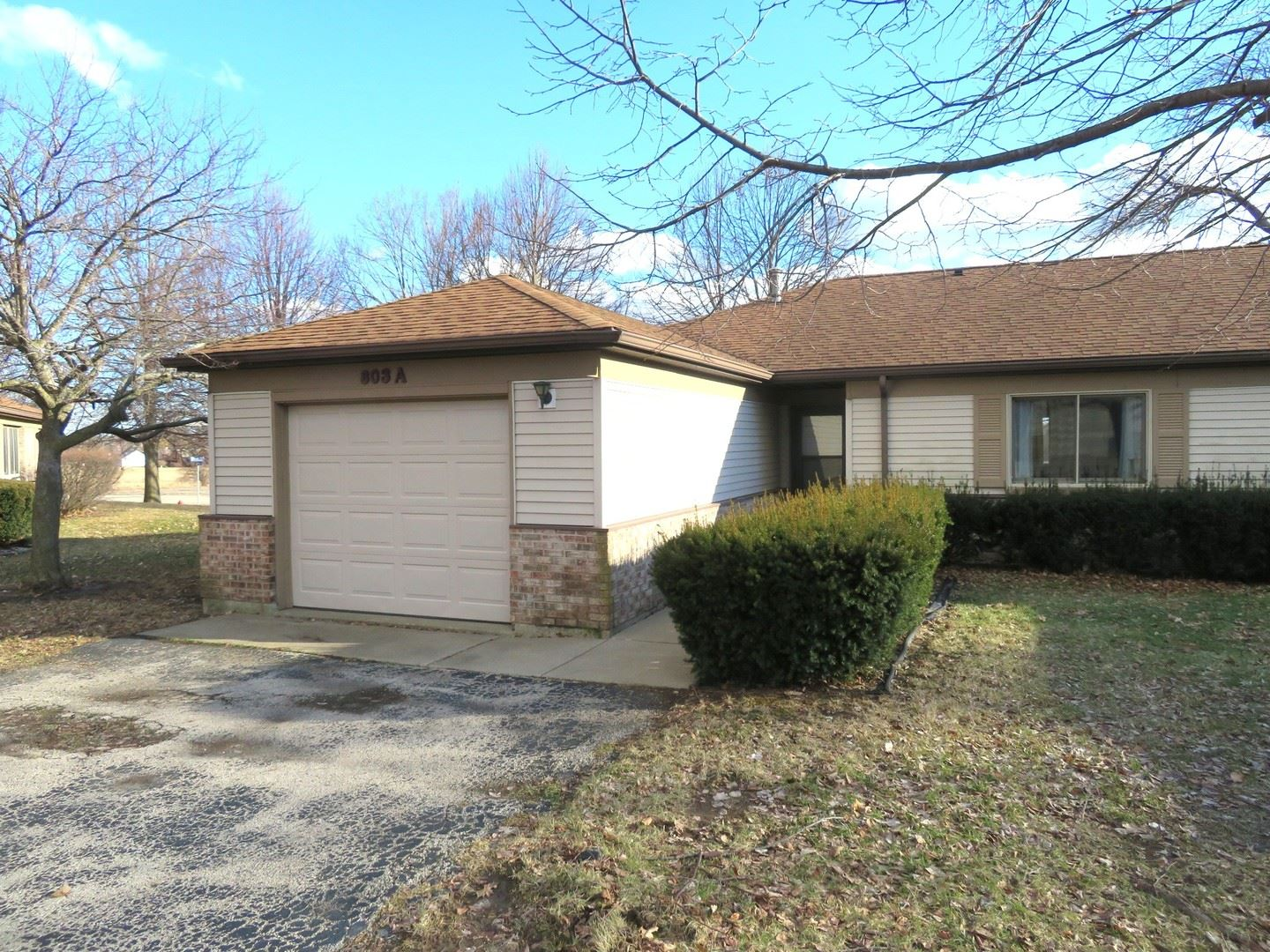 803 Coventry Lane #A, Sterling, IL 61081 - #: 10311084
