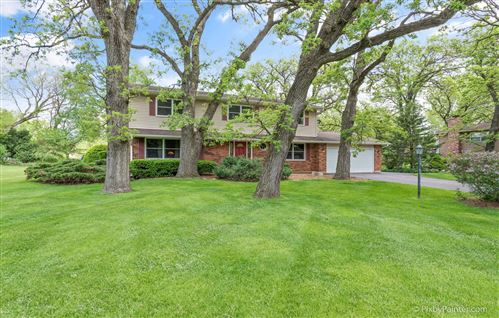 Photo of 4904 Burman Drive, Crystal Lake, IL 60014 (MLS # 10729085)