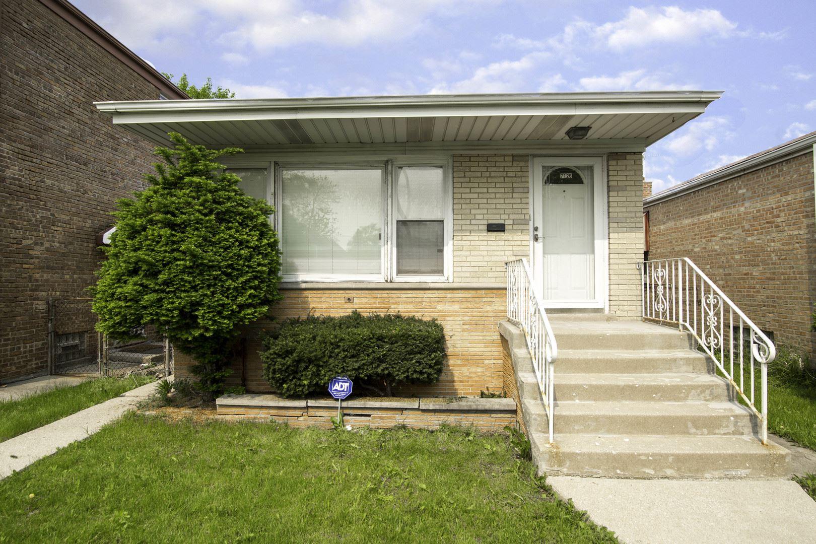 7126 S Kedzie Avenue, Chicago, IL 60629 - #: 10404085