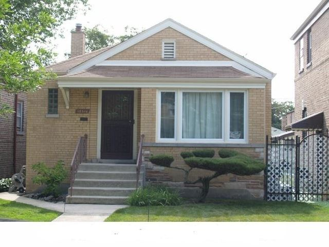 10516 S Eberhart Avenue, Chicago, IL 60628 - #: 10640085