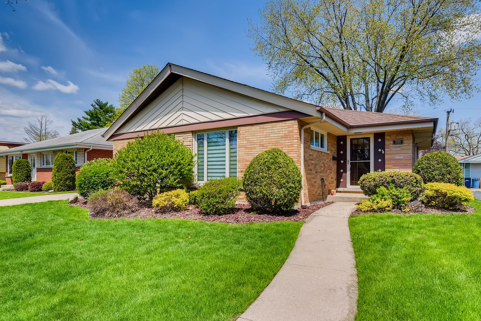 11038 Martindale Drive, Westchester, IL 60154 - #: 10710085
