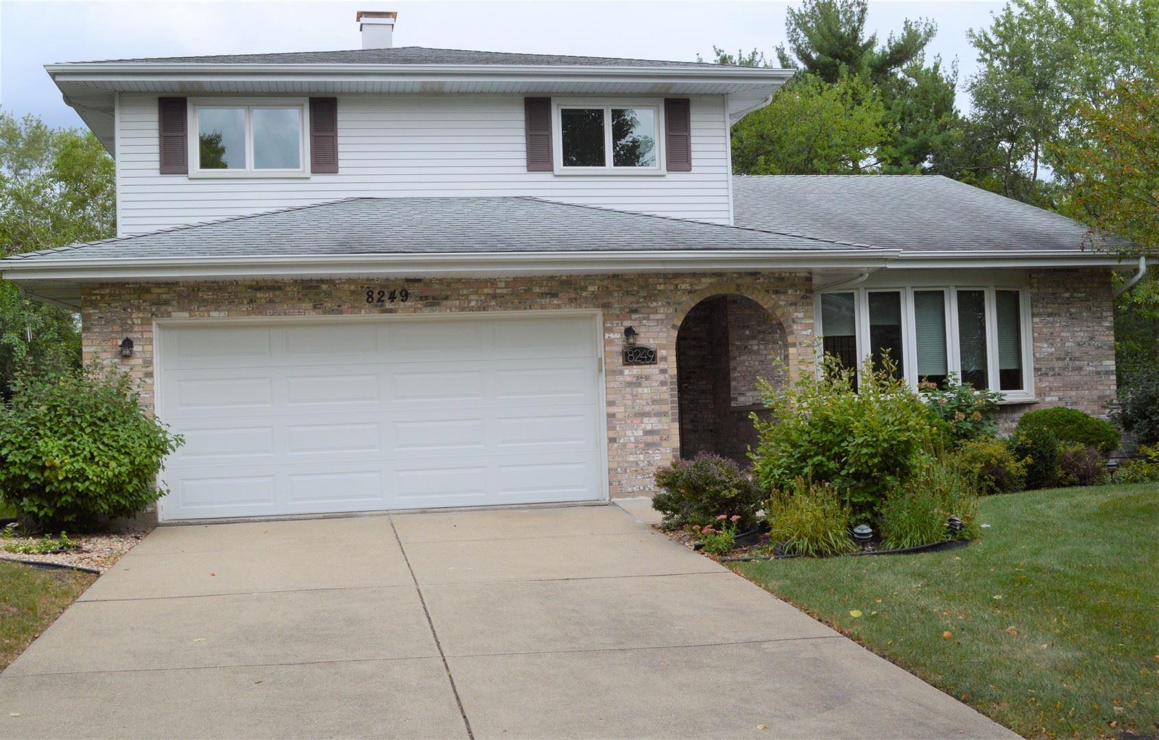 8249 Meadowwood Avenue, Woodridge, IL 60517 - #: 11227086