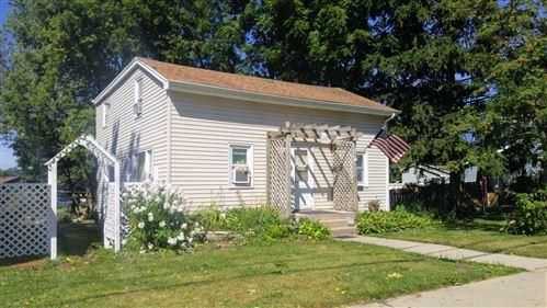 Photo of 117 E Washington Street, Oswego, IL 60543 (MLS # 10814088)