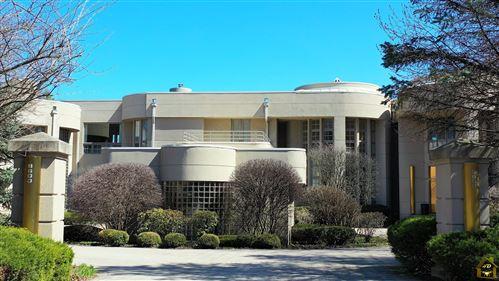 Photo of 8600 Oak Knoll Drive, Burr Ridge, IL 60527 (MLS # 11237095)