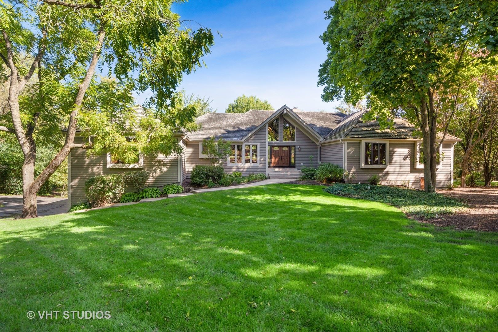 32 Deer Point Drive, Hawthorn Woods, IL 60047 - #: 10635096