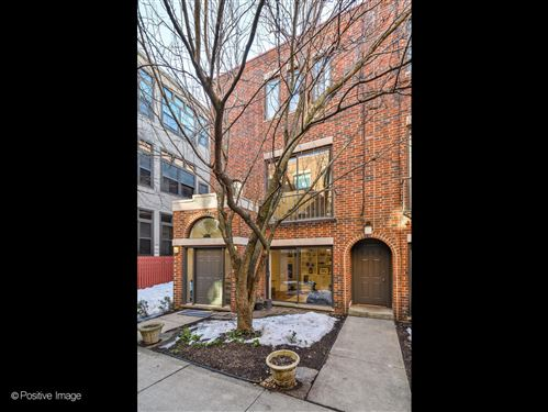 Photo of 2520 N Sheffield Avenue #T, Chicago, IL 60614 (MLS # 11012097)