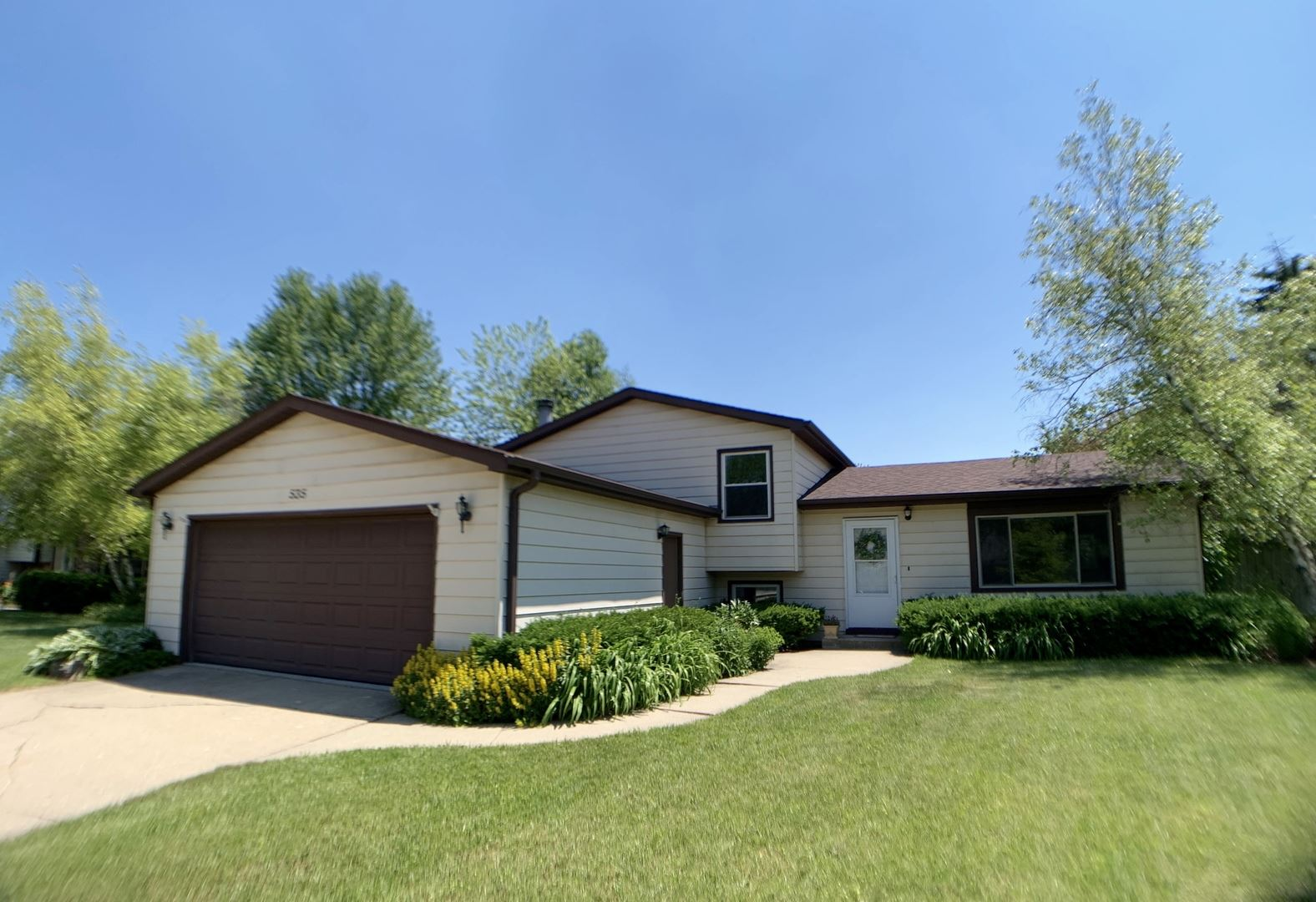 535 Whispering Pines Road, Lindenhurst, IL 60046 - #: 10671098