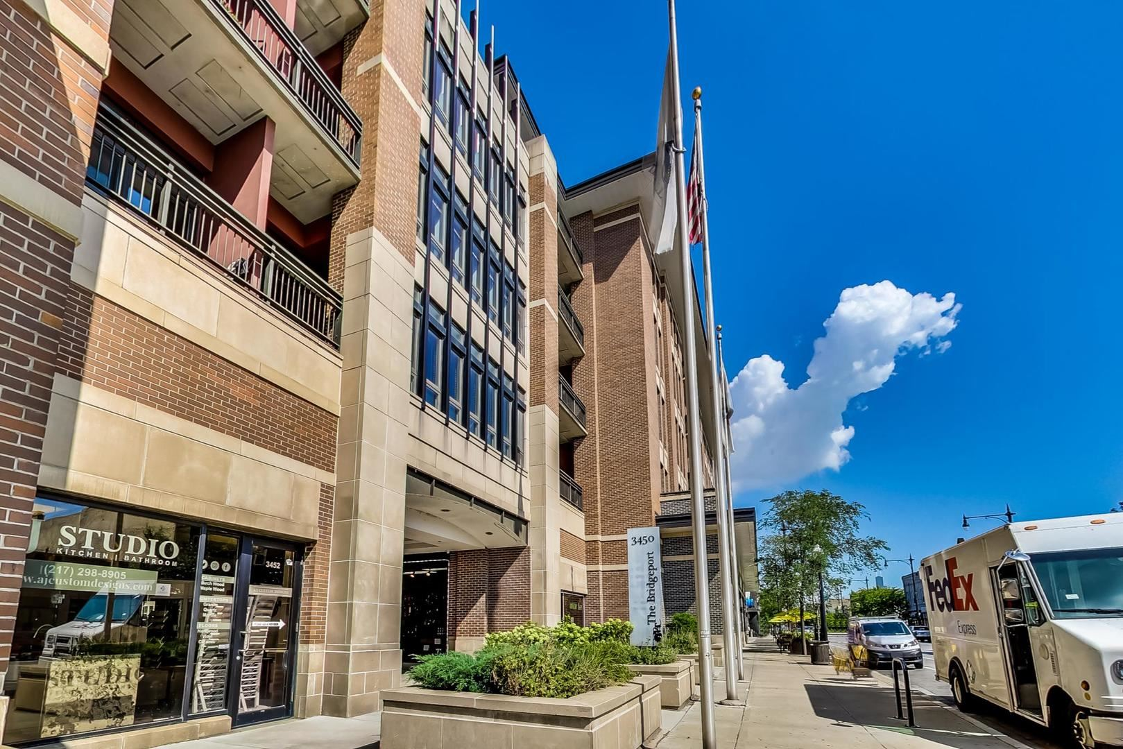 3450 S HALSTED Street #401, Chicago, IL 60608 - #: 10814098