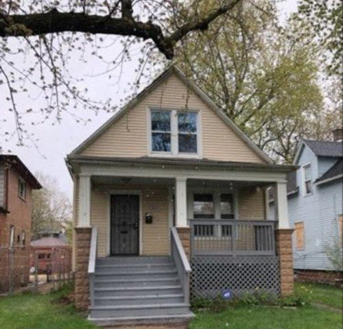 Tiny photo for 12417 S Parnell Avenue, Chicago, IL 60628 (MLS # 11069099)