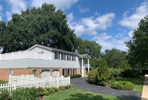 Photo of 5500 S Elm Street, Hinsdale, IL 60521 (MLS # 11210099)