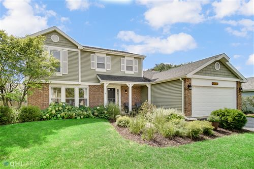 Photo of 27W155 SYCAMORE Lane, Winfield, IL 60190 (MLS # 11201101)