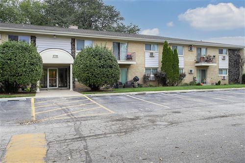 Photo of 5730 Concord Lane #13, Clarendon Hills, IL 60514 (MLS # 11239102)