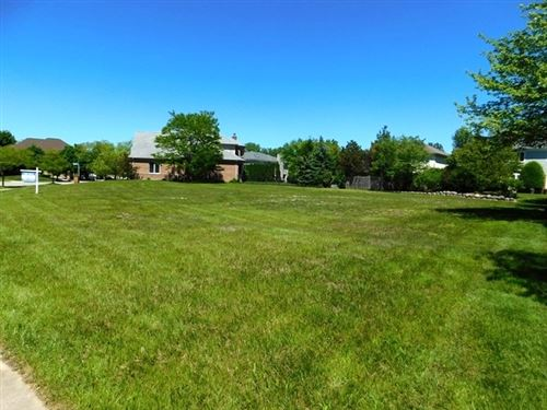 Photo of 125 Riverside Drive, Deerfield, IL 60015 (MLS # 10638103)